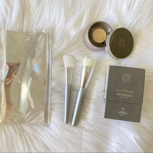 COMPLEX CULTURE Bundle set of brushes and powder